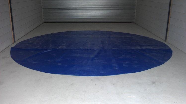 Zomerzeil zwembad noppenfolie op maat gemaakt for Groot rond zwembad